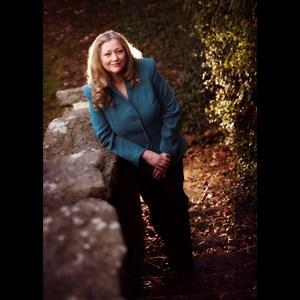 Louisville Author | Mary Claire O'Neal