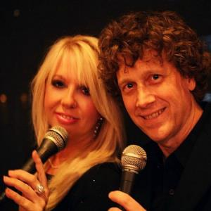 Coats Pop Singer | Bobby A & Rhonda Joy