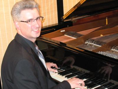The #1 Recommended Chicago Pianist | Chicago, IL | Classical Piano | Photo #1