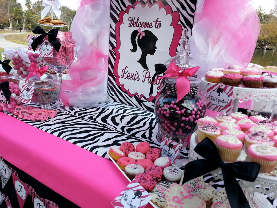 Barbie themed Sweet Table