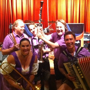 Aurora German Band | Terry Cavanagh and the Alpine Express