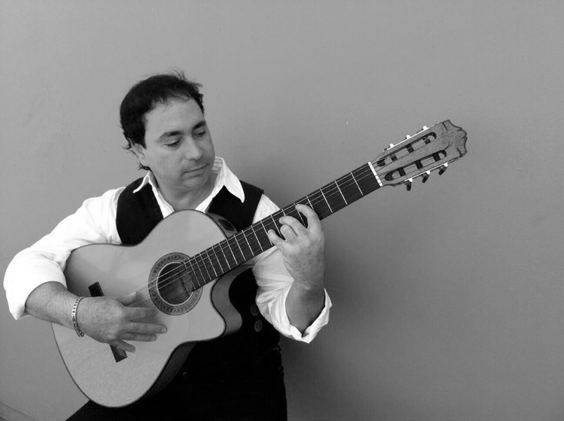 Luis Denis - Flamenco Guitarist - Miami, FL