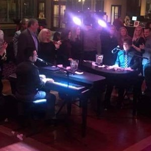 Detroit, MI Dueling Pianist | Mobile Dueling Piano Shows