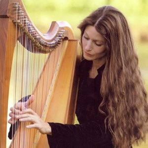 Piercy Classical Singer | Hollienea, Harpist Los Angeles