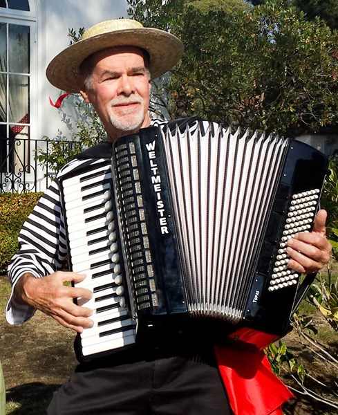 Mazurkaman - Accordion Player - Redwood City, CA