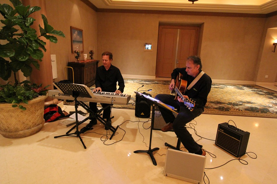 NY GUITAR CATS Hyatt Clearwater Bch