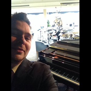 Jefferson City Jazz Pianist | Jesse James Gannon