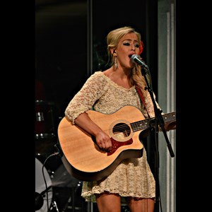 Nashville Country Band | Kaela Kinney