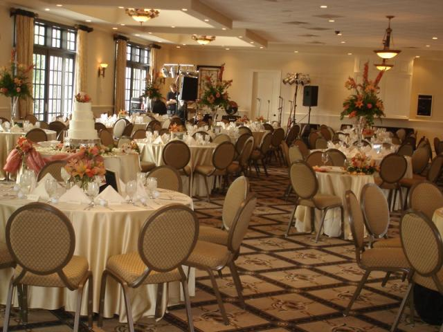 The signature club of lansdowne wedding venue lexington ky the signature club of lansdowne wedding venue lexington ky junglespirit Images