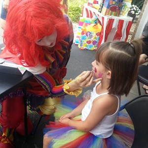 Redwood Falls Face Painter | Fun Intended