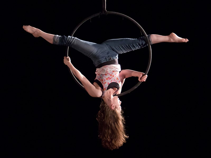Look! It's Lyndsey! - Circus Performer - Simi Valley, CA