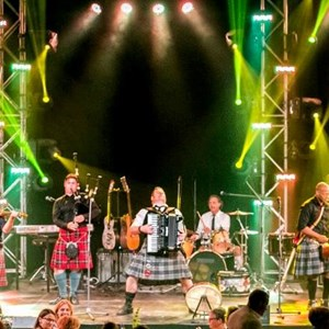 Redding Bagpipe Band | THE AMERICAN ROGUES