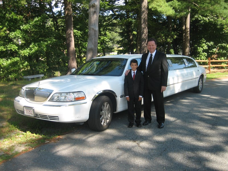 andrews limousine and coach service - Event Limo - Westford, MA
