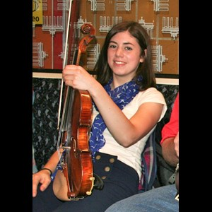Clifty Violinist | Rebecca Wolfe