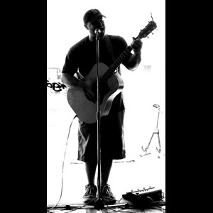 Fresno Acoustic Guitarist | Icarus in Flight