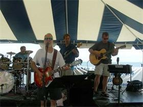 Willards Rock Band | GREYDOG BAND