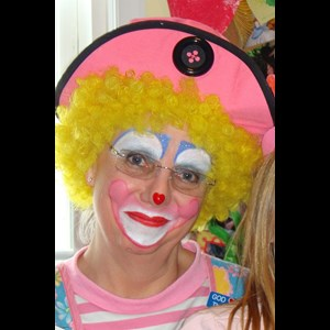 Dailey Face Painter | Rosie the Clown