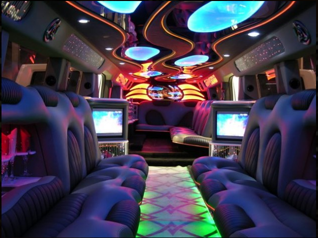 Hollywood Limousine - Event Limo - Chicago, IL