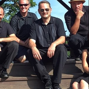 Morris 80s Band | The John Oakes Band