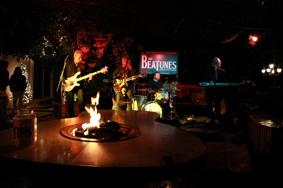 The Beatunes, rocking the party