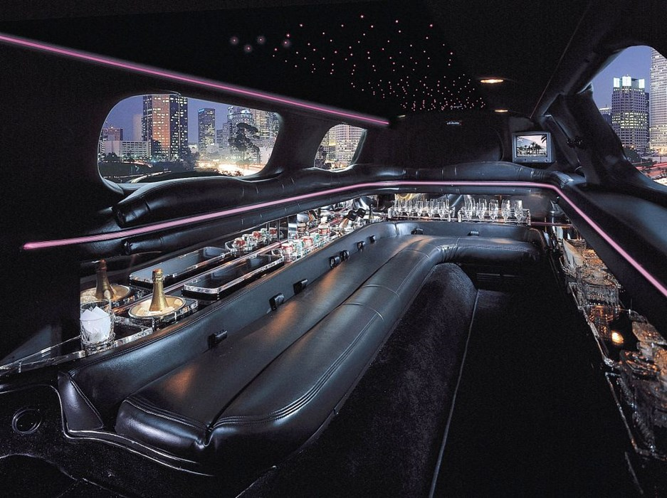 Luxury Stretched Limousines