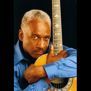 Sacramento Jazz Guitarist | LLOYD GREGORY