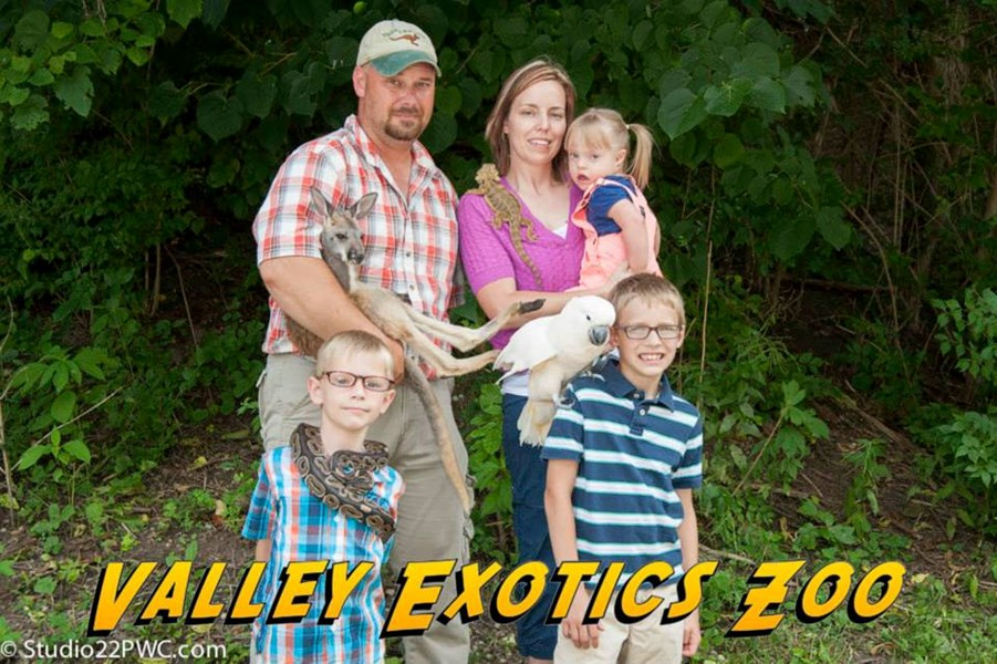 Valley Exotics Petting Zoo