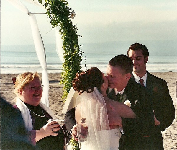 A sweet Santa Cruz beach wedding