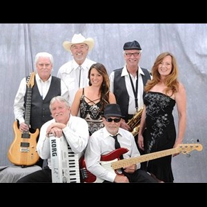 Neptune Beach Dance Band | Rusted Diamond Band