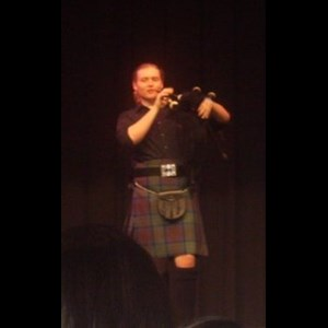 Jamestown Bagpiper | Eric Qualls