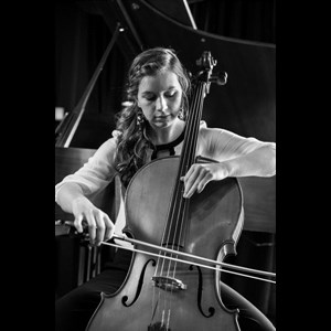 Tennessee Cellist | Sara Davis