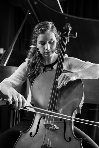 Sara Davis - Cellist - Nashville, TN