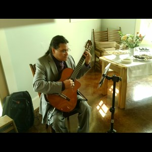 Denver Classical Acoustic Guitarist | Carlos Cedillo