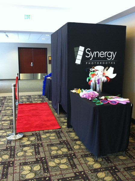 Synergy Photo Booths - Photo Booth - Holt, MI