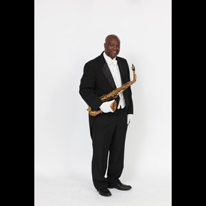 Sanger Saxophonist | Cedric Barrett- The Real Entertainer (Sax & Piano)