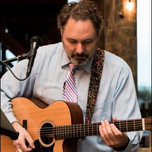 Fairfield Acoustic Guitarist | Chuck DiZ