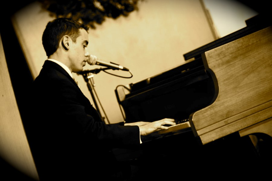 Will Foraker - Singing Pianist - Plano, TX