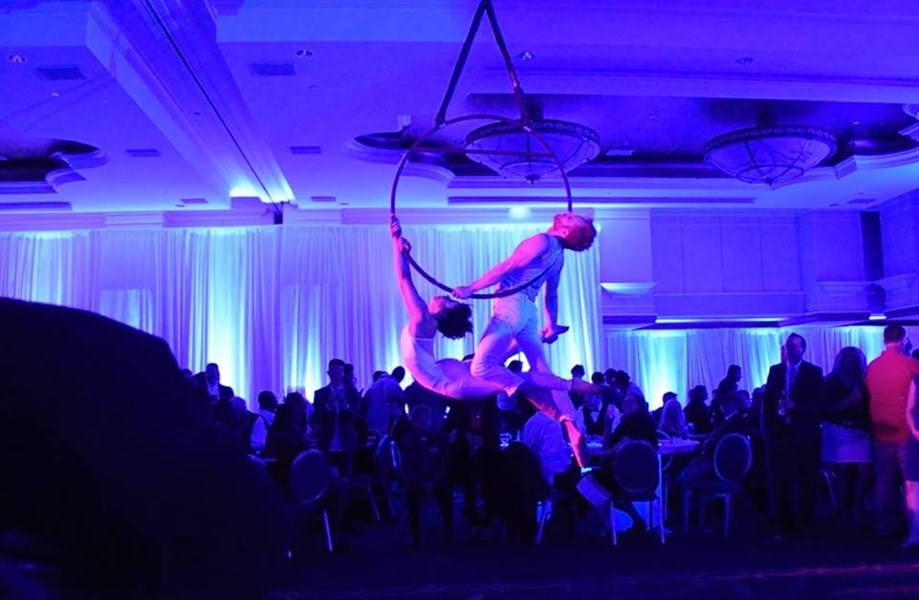 St. Louis - Circus, Carnival, & Cirque Events - Acrobat - Saint Louis, MO
