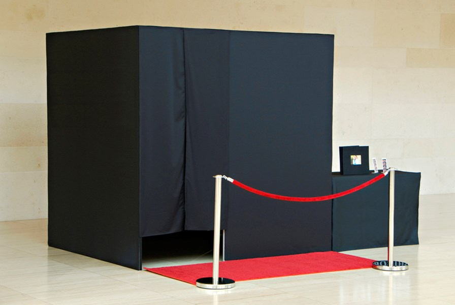 AAA DIAL A DJ Premium PHOTO BOOTH rental Service - Photo Booth - Chicago, IL