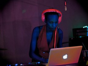 DJ SHARRI - Event DJ - New York City, NY