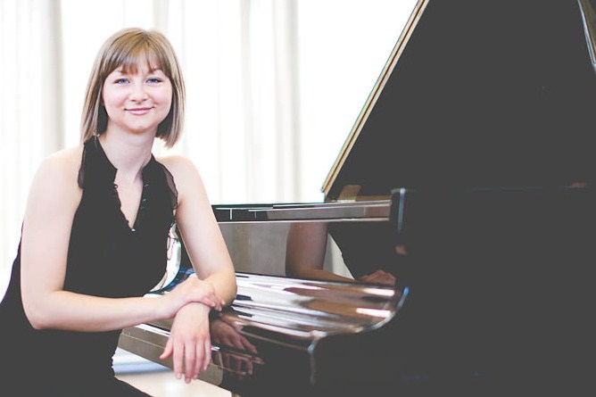 Liz Craig - Pianist - York, ON