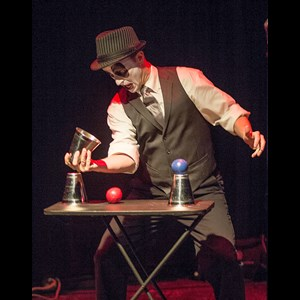 Lawrence Comedy Juggler | Drops Unlimited Entertainment