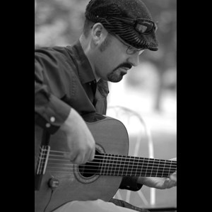 Bradley Acoustic Guitarist | KevinPFleming