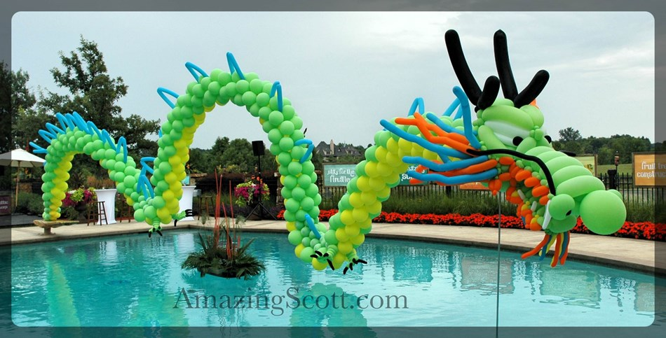 Giant Balloon Dragon!