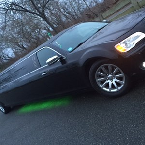 Summitville Party Limo | JT Limousine