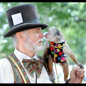 Harrisburg Street Magician | The Monkey Man