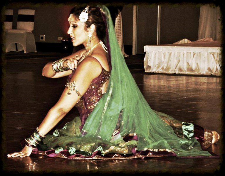 Meenakshi DANCE | Bollywood Dance Company - Bollywood Dancer - Washington, DC