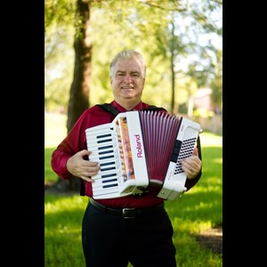 Fulton Accordion Player | Richard Shapiro
