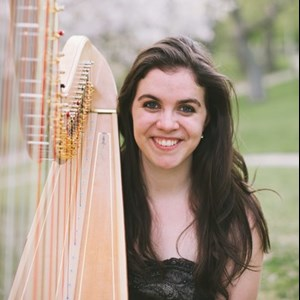 Toronto, ON Harpist | Phoebe Powell