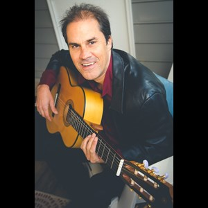Junction City Acoustic Guitarist | Alonso Padron